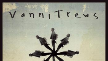VanniTrews4back
